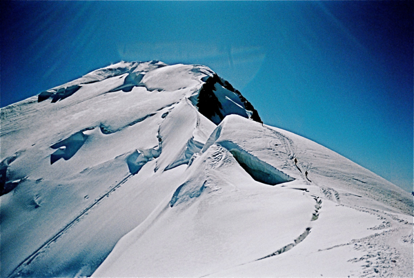 Footsteps to the top of Mont Blanc