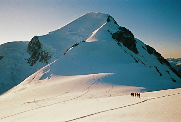 You can see an emergency shelter about halfway up this climb. Holds 12. The Bivouac Vallot, at 4,352 meters, is the highest hut in Western Europe. It is higher than the summit of Mt. Rainier.