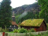 Flam has some cool houses with grass roofs, which provide natural insulation during Norway's dark, frozen winters.