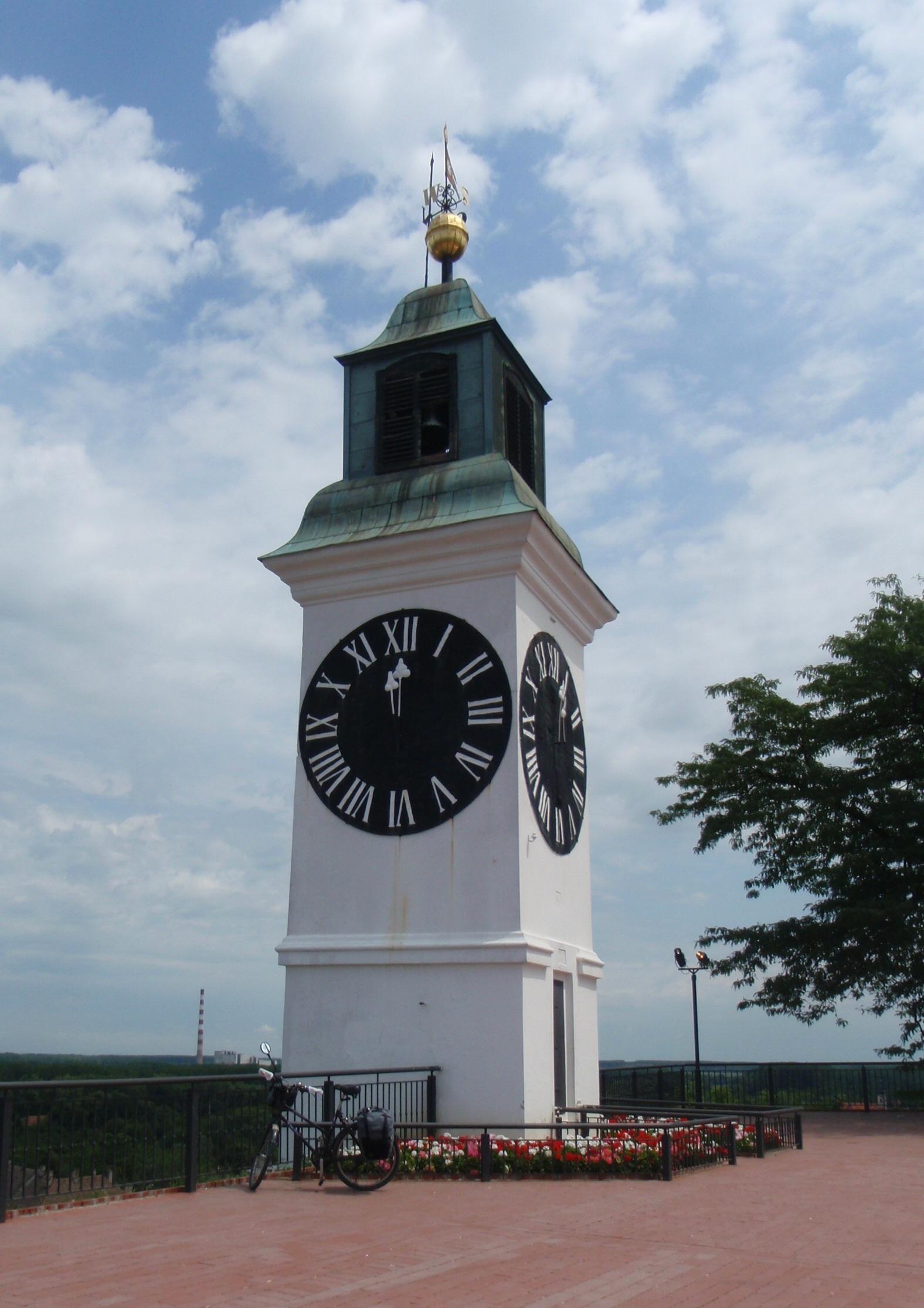 Drunken Clock