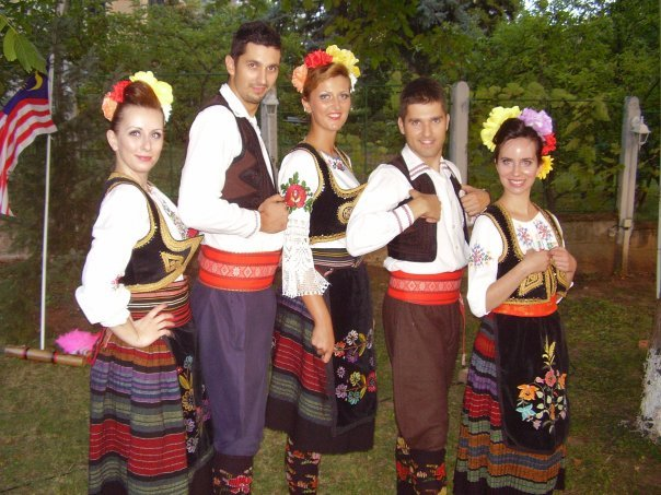 This is how Serbs dress up everyday. Well, not exactly. Perhaps 100 years ago.